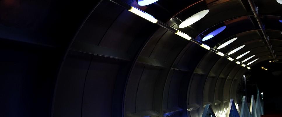 Atomium stairway /4