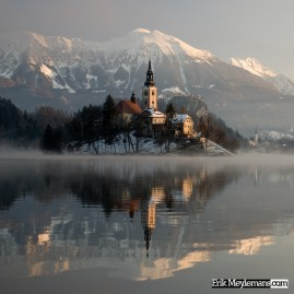 Bled on a foggy morning /2