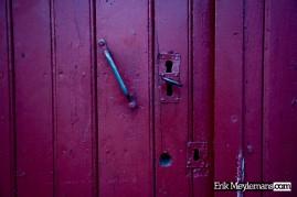 Door with 3 lock holes